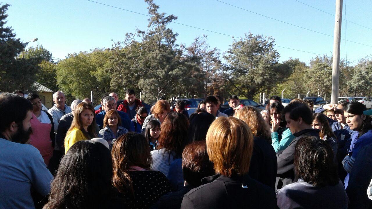 Hospital Roca: Asamblea de ATE demandó respuestas a la nueva directora y dio plazo hasta el mediodía