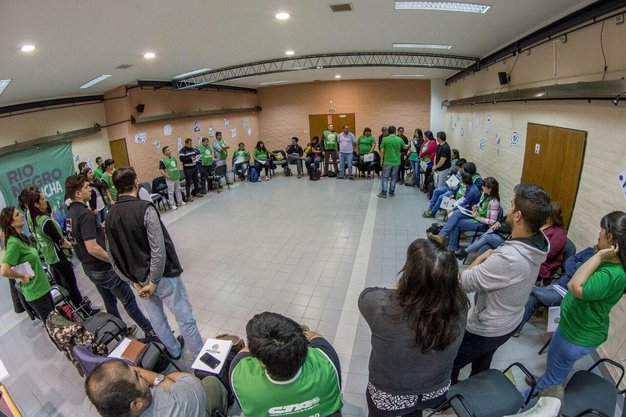 #EnFotos: Encuentro-Taller de Corresponsales de Prensa de la provincia