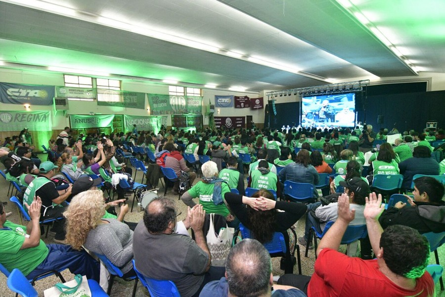 En imágenes la jornada completa del multitudinario Congreso de ATE Río Negro en Cipolletti
