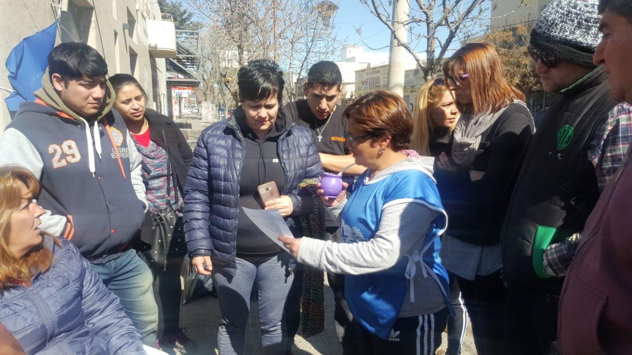 Roca   Sin acuerdo los trabajadores organizados en la CTA analizan la toma de Zawost