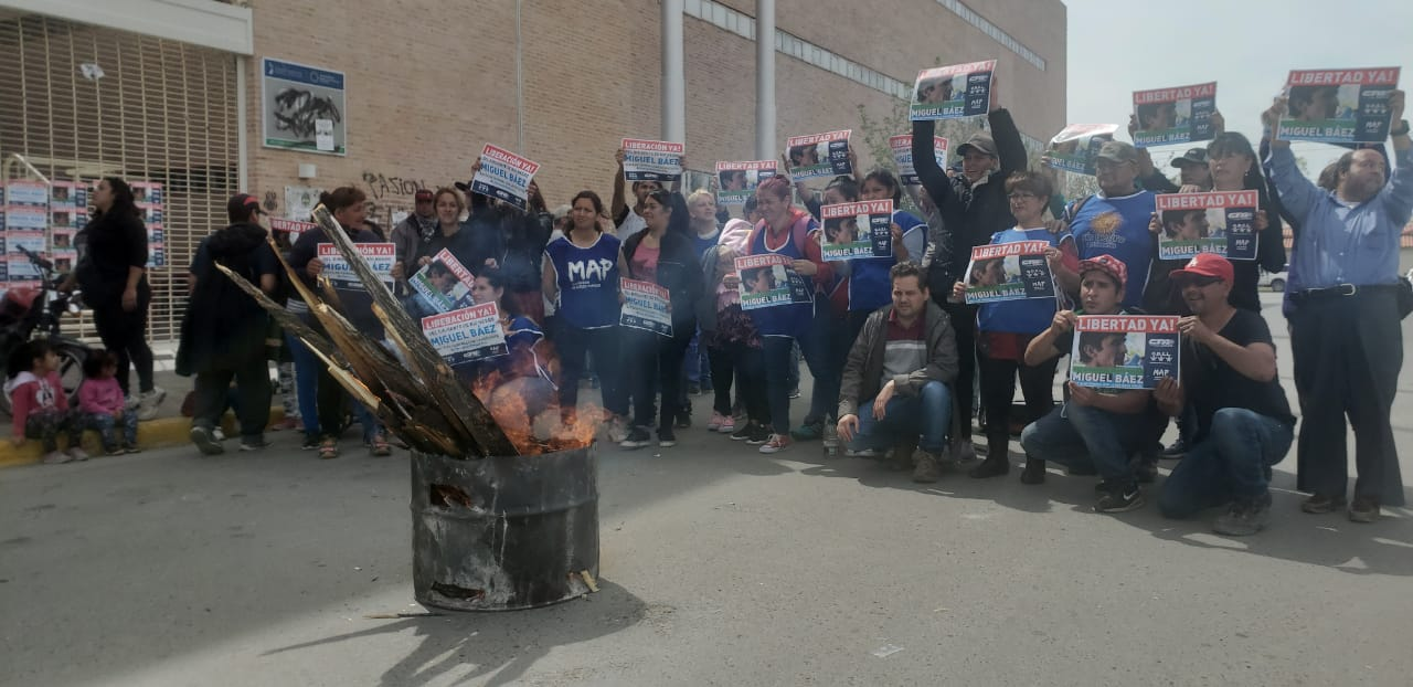Ahora | La CTA Autónoma protesta en los Tribunales de Roca y exige la liberación de Báez
