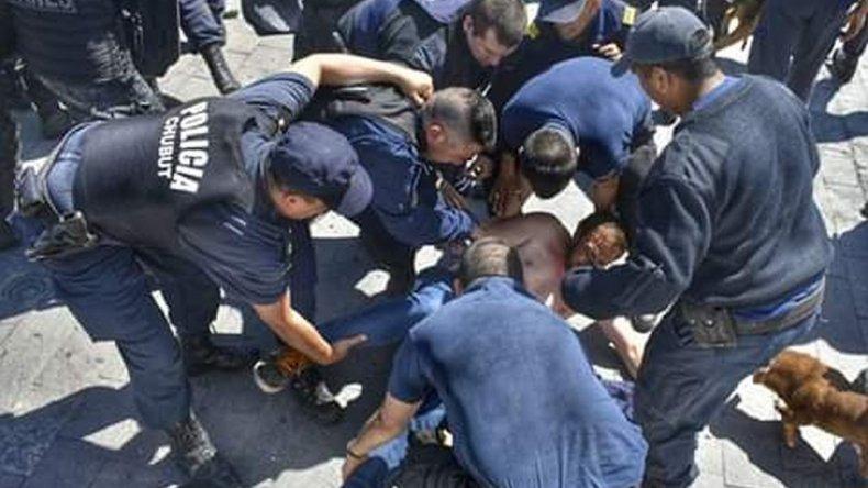 Chubut | CTA Autónoma Río Negro repudia la represión docente