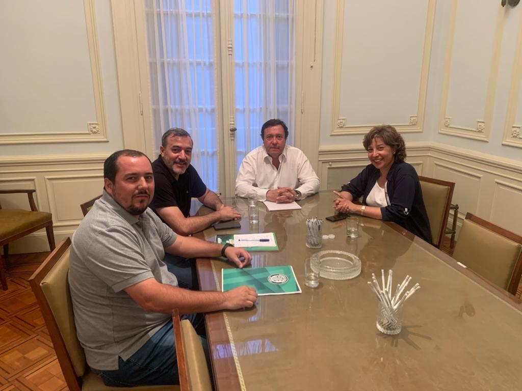 Transición | ATE se reunió con Weretilneck y Carreras
