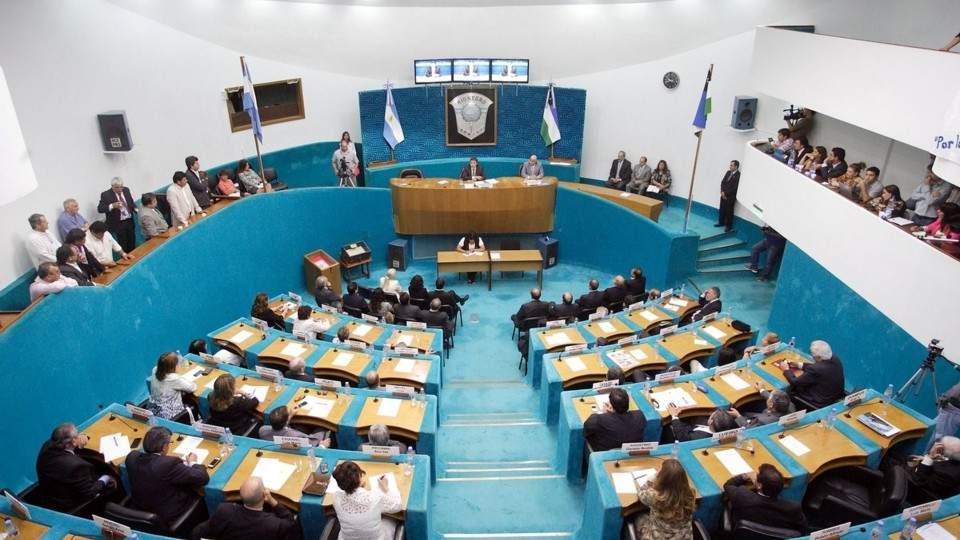 Legislatura | Proponer el congelamiento de las dietas de diputados es oportunista y demagógico