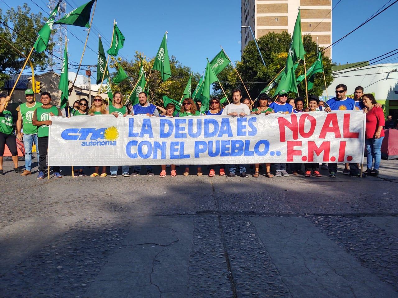 CTA Autónoma acampa contra la llegada del FMI