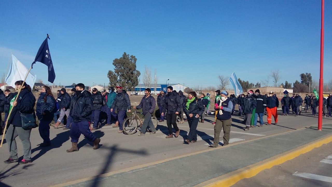 Catriel | En multitudinaria marcha ATE logra reabrir paritarias