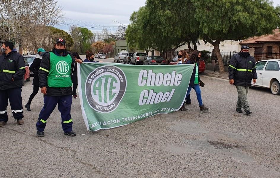 Choele Choel | ATE se movilizó al Municipio y reclamó paritarias