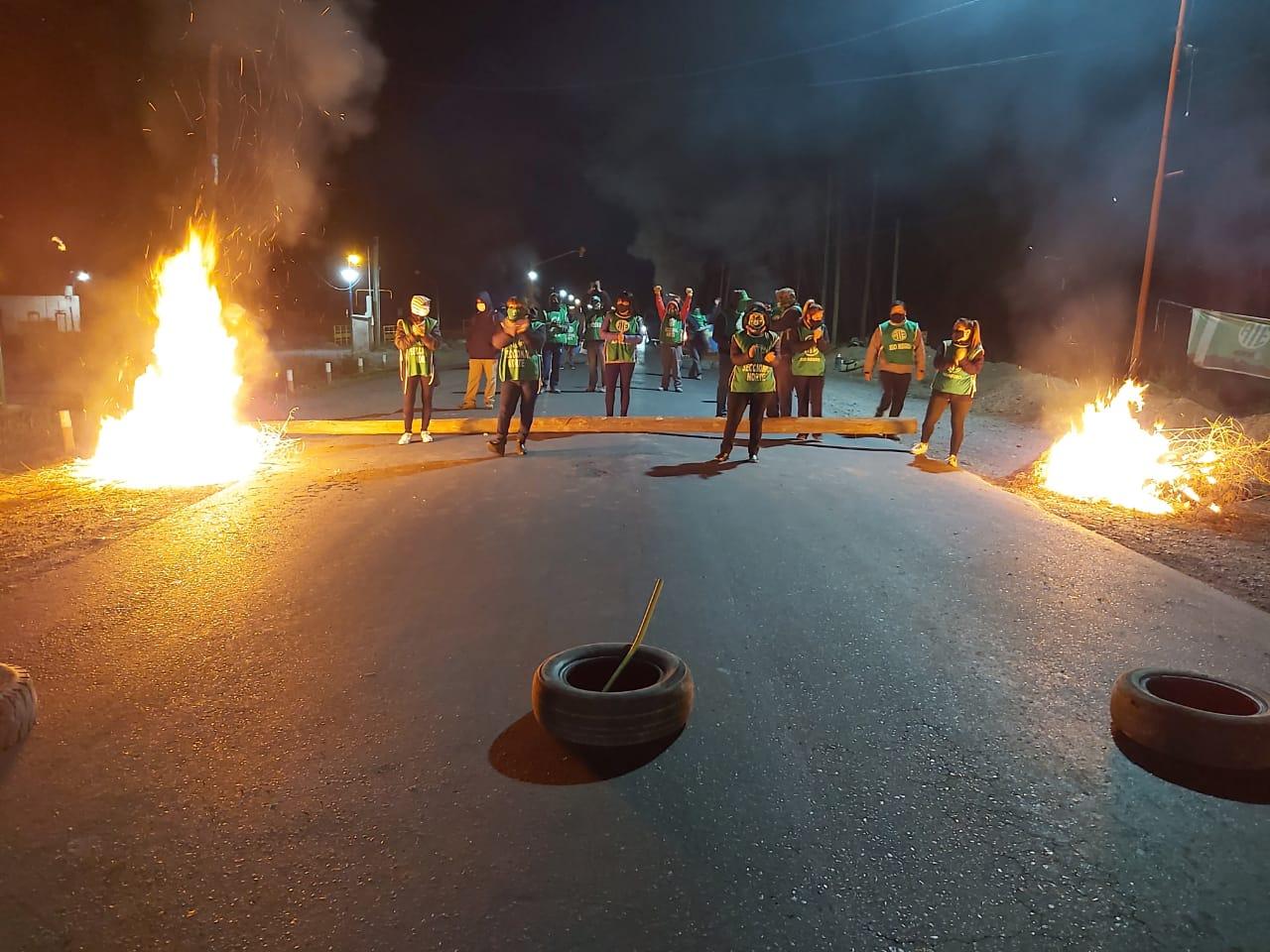URGENTE | ATE corta totalmente la ruta69 en reclamo de aumento salarial