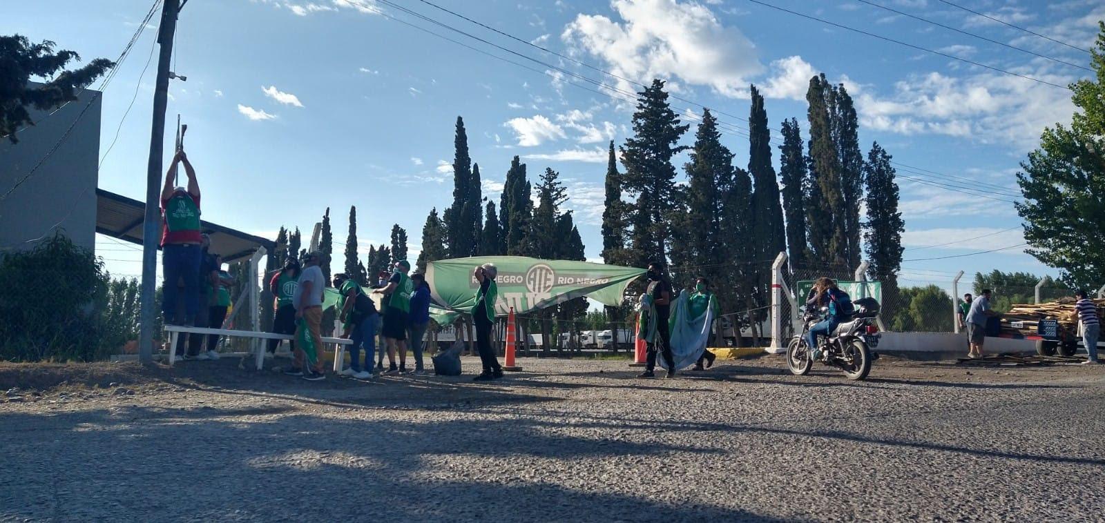Último momento | ATE logra reunión con autoridades de SENASA y levanta bloqueo de aduana