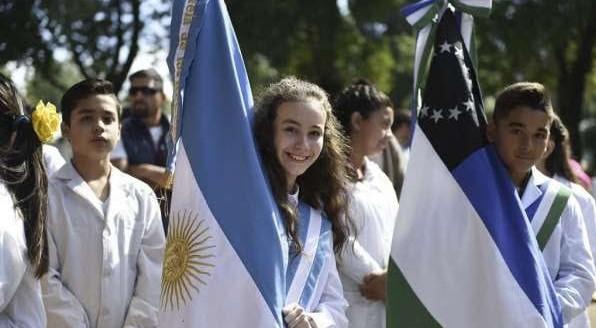 SALARIOS   ATE acuerda con Carreras el 100% de aumento en la Ayuda Escolar